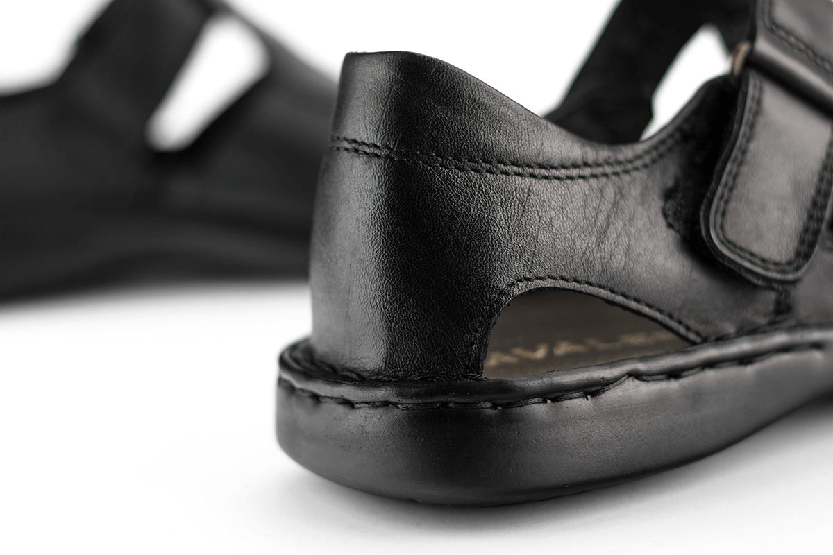 d0ca7f32959 Мъжки сандали в черно с велкро - Мъжки обувки от естествена кожа Кавалер